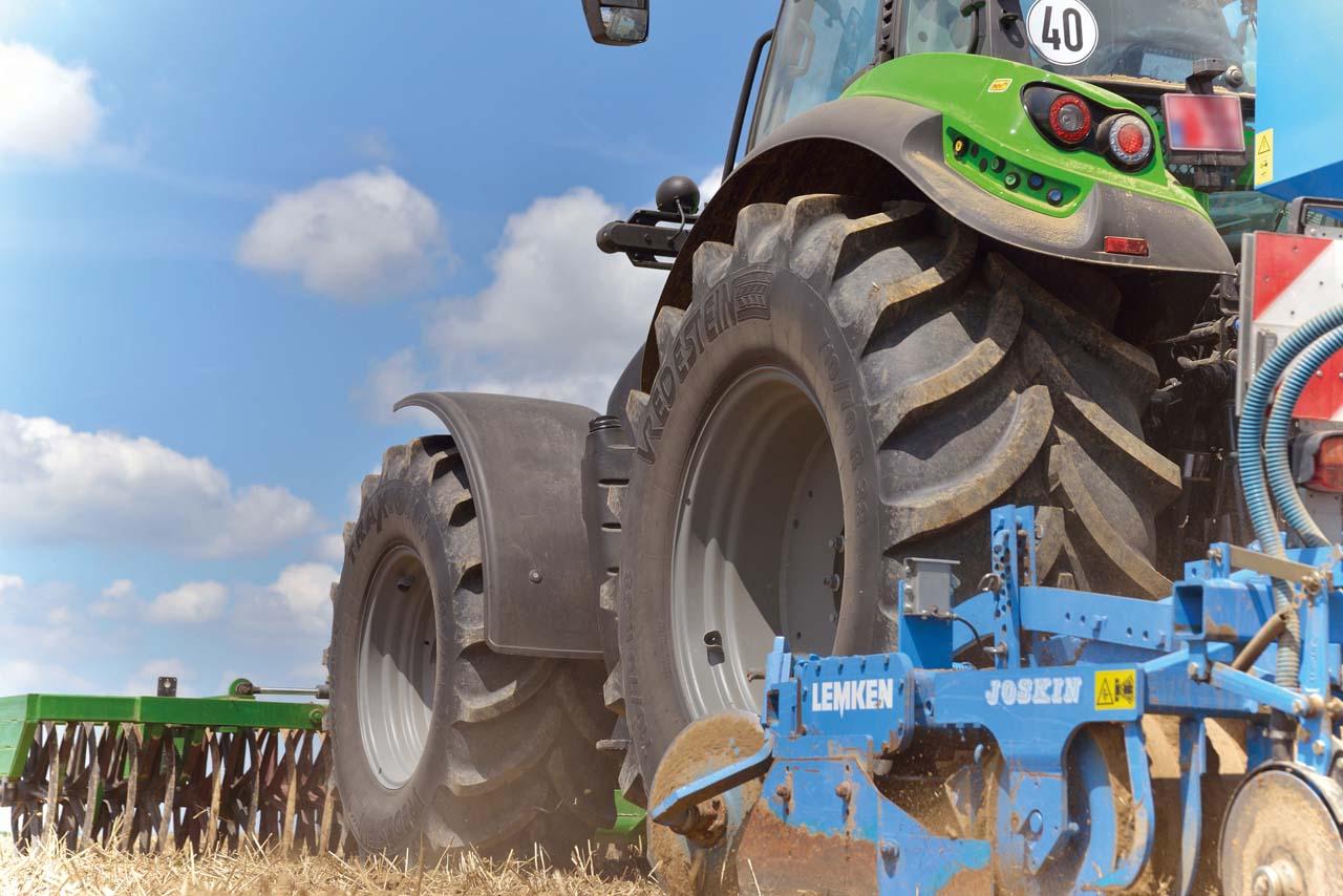 szanto-traktor-kerek