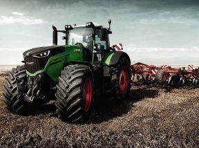 traktor muvelokerek